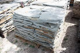 Discounted pallets of BRICK, STONE, FLAGSTONE, RIVER ROCK, etc.