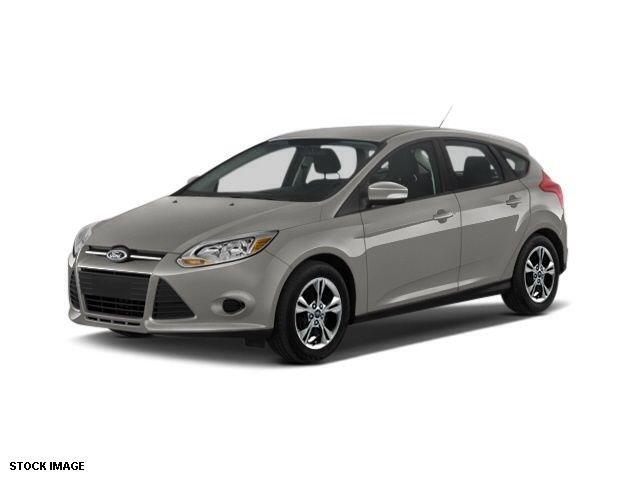 Sterling Gray Metallic 2014 Ford Focus SE