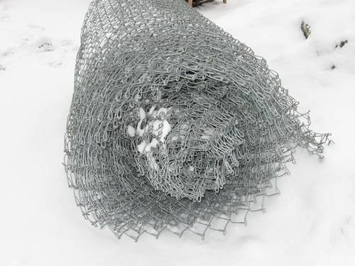 *NEW* Chain Link Fence - 5 ft. High x 123 linear feet