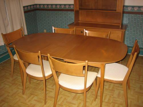 DINING ROOM FURNITURE for Sale in Gardner Massachusetts