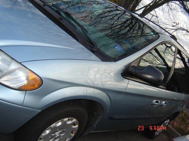 2003 Chrysler Voyager LX,Like new Good year tires,new muffler,nice,,,