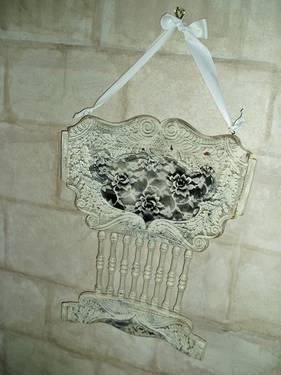 SHABBY-CHIC Vintage Wall Hanging Chair Back