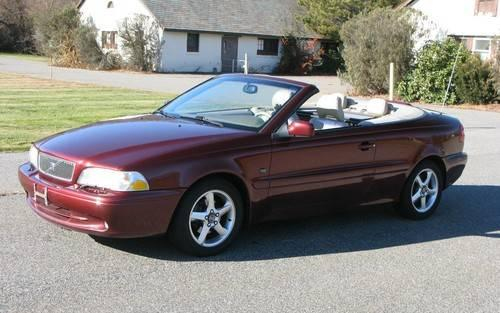 2001 Volvo C70 HT Convertible....EXCELLENT Cond.