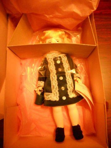 Madame Alexander Doll Collection, NEW IN BOXS, 36 dolls!