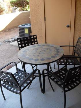 Well Furnished 2 bdr w/ Hi spd internet Available April 16, 2013 & on