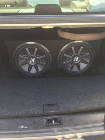 CAR STEREO SYSTEM-1600 WATT AMP-2-12