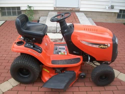 ariens riding lawn mower for sale in milwaukee wisconsin classified. Black Bedroom Furniture Sets. Home Design Ideas