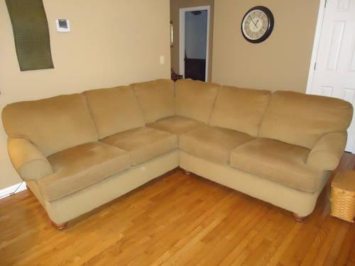Used Sectional Firm And Leather Rocker Recliner Firm For Sale In Lutheran Lake