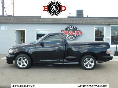 2004 ford f 150 svt lightning pickup truck for sale in lincoln nebraska classified. Black Bedroom Furniture Sets. Home Design Ideas