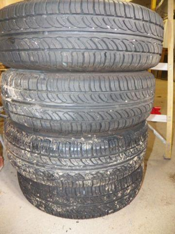 175/70r13 Tires. Set of 4 Like new condition 9/32