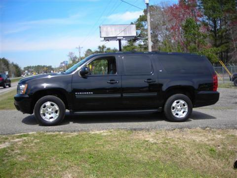 2009 chevrolet suburban 1500 suv lt sport utility 4d for. Black Bedroom Furniture Sets. Home Design Ideas