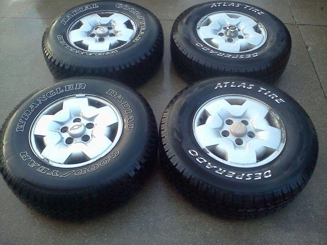 4 235/75/R15 LT tires