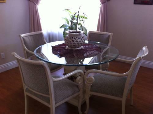 DINING ROOM SET - MODERN WHITE AND CHROME