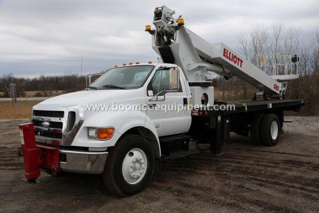 Elliott G85 Sign Truck for sale mounted on 2007 Ford ? B52316