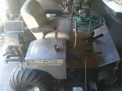 DIXIE COPPER XF2300 ZERO TURN MOWER COMMERCIAL - RUNS GREAT