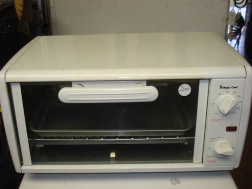 Magic Chef 4 Slice Toaster Oven White Color For Sale In