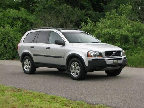 2005 Volvo XC90 7 passenger SUV....One Owner