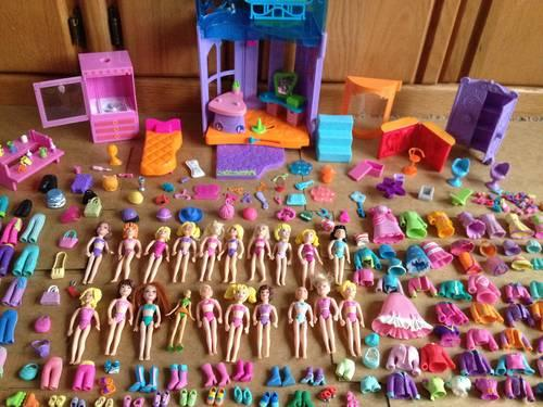 BIG LOT OF 277 of POLLY POCKETS DOLLS,CLOTHES, HOTEL and MORE