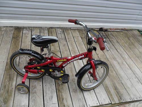 Schwinn Safari 16'' red boys bike