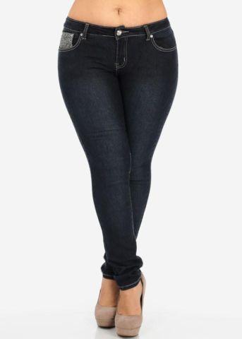 Skinny black jeans with rhinestone on pocket