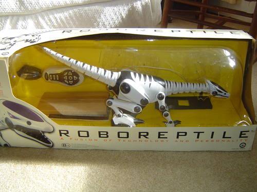 Wowwee Femisapien Robot