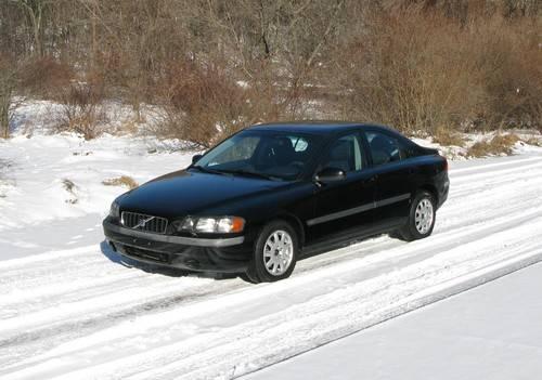 2002 Volvo S60 Sedan.....EXCELLENT!