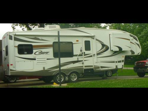 2011 Keystone Cougar 27RKS For Sale in Albany, Indiana 47320