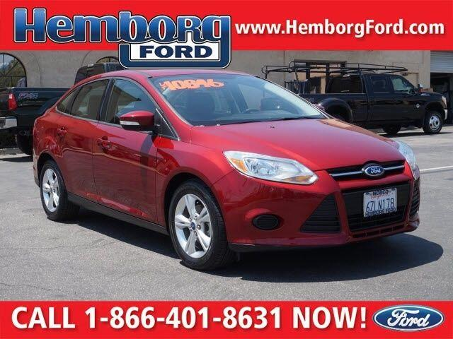 2013 Ford Focus SE Race Red