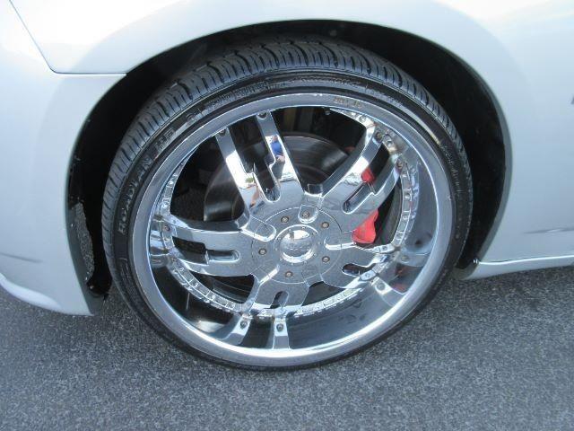 2006 Dodge Charger SRT-8 Sedan Base 4dr Sedan