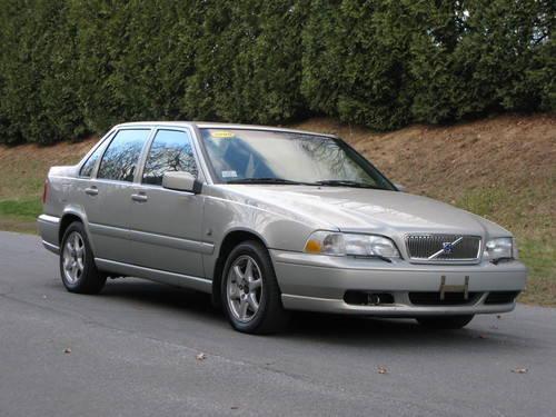 2000 Volvo S70 Sedan...EXCELLENT car!