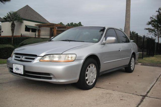 $$ (2001 Honda Accord LX Sedan) $$ ** STEAL DEAL**