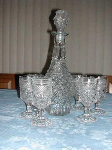 Vintage Gold tim Glass ware-2 sets $20.00 each-Super nice!