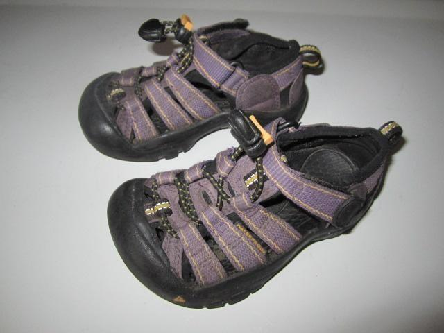 Little Boy size 8~ KEEN sandal shoes + Winter Boots-removable liners