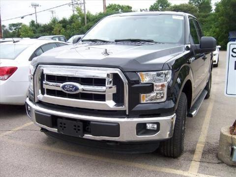2015 Ford F-150 4 Door Short Bed Extended Cab Truck