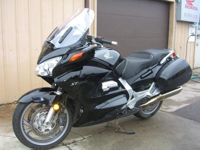 2006 Honda ST1300