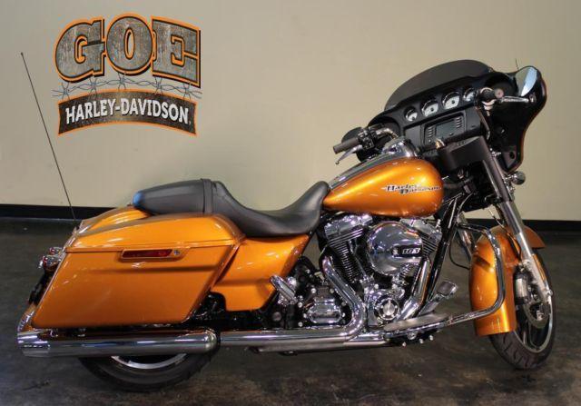 2014 Harley-Davidson FLHX Street Glide (616768)