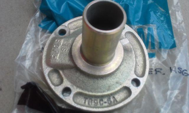 NOS GM front bearing retainer Borg Warner SUPER T10 4 speed # 360806