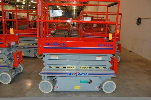 Scissor Lifts/ Boom Lifts /Telehandlers~best pricing (714) 715-9078