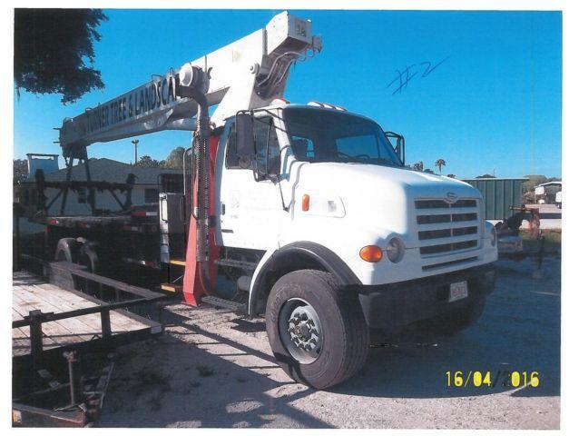 2000 Sterling Truck w' Terex Crane BT4792