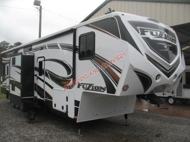 2013 Keystone FZ399 Toy Hauler