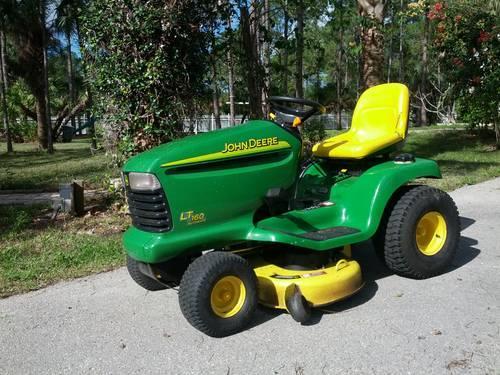 Appartamento E Famiglia Tractor For Sale In Florida