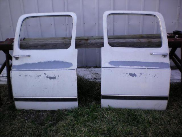 1987 Chevy S-10 truck for parts
