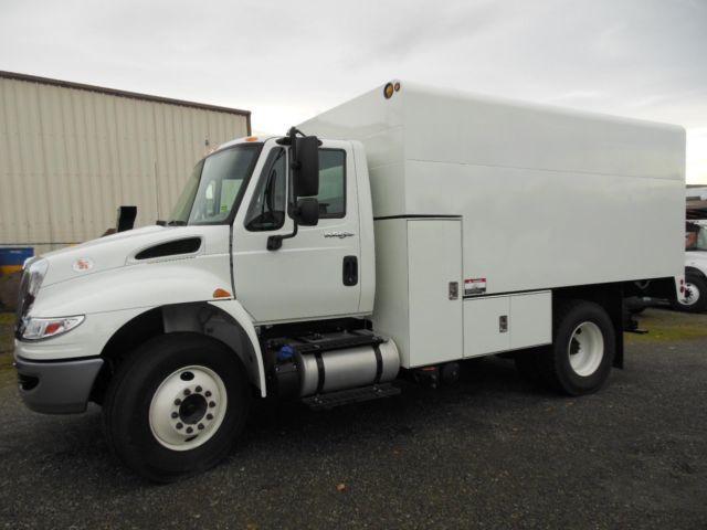 2015 International 4300 chipdump truck (Stock #14-056)
