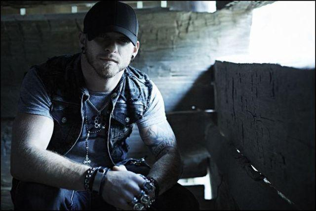 Brantley Gilbert Tickets 5/30/2014 (Uncasville) Mohegan Sun Arena
