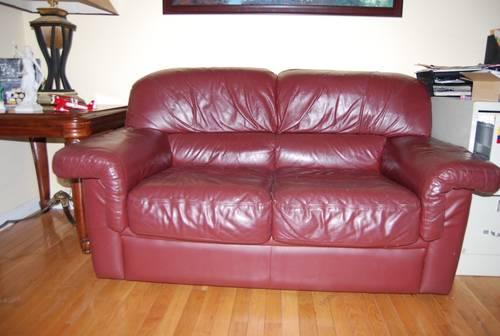 Italian leather loveseat and chair. Used, in great condition.