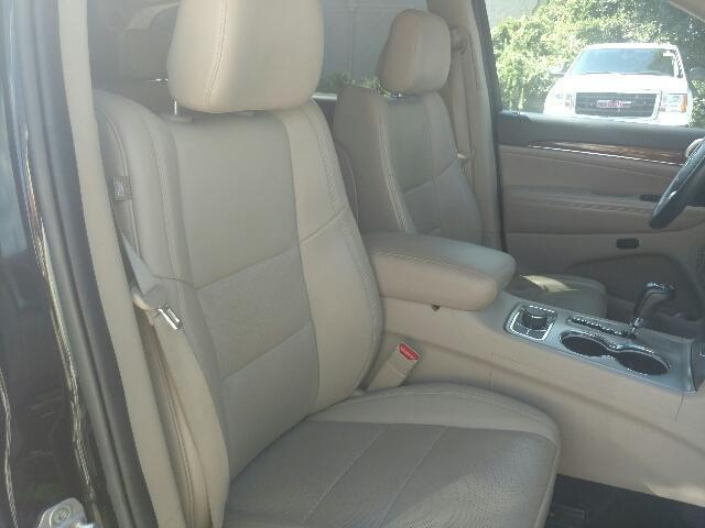 2011 Jeep Grand Cherokee Sport Utility 4WD 4dr Limited