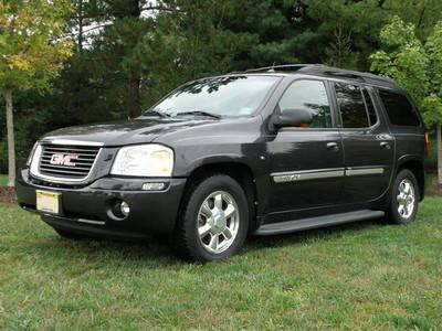 2004 GMC Envoy XL SLT V8 Charcoal Gray 7 Seating
