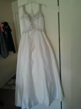 Never used wedding dress