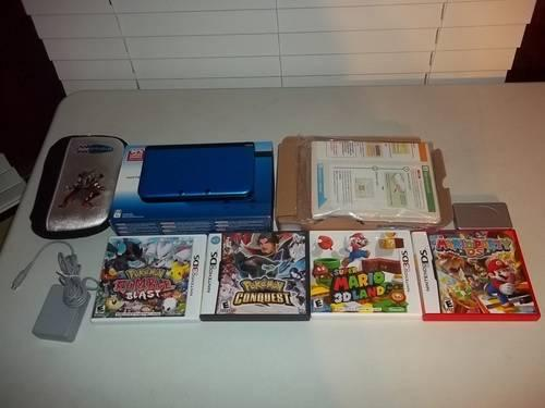 Super Pack Nintendo 3DS aquablue with Games and Acc