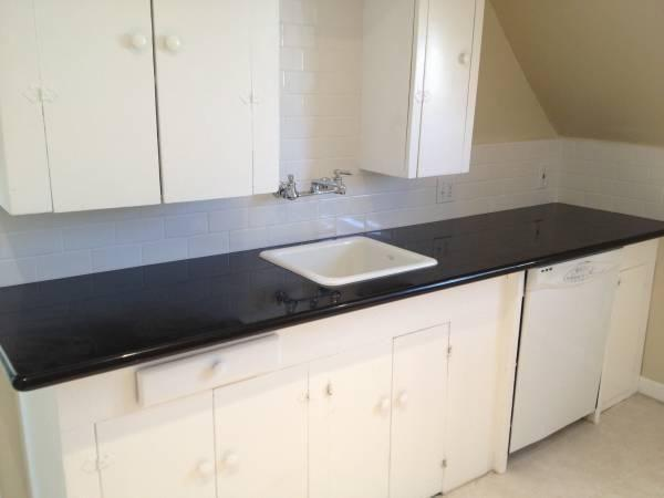 Large One Bedroom with laundry room